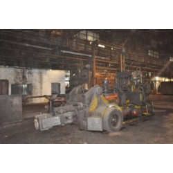2000 Kg Demag Forging Manipulator